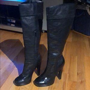 Jessica SimpsonYindley Black Platform Boot Size 37